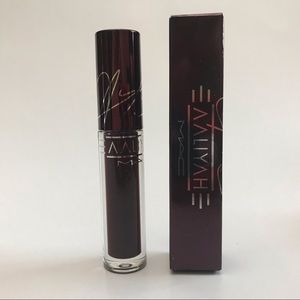 MAC Aaliyah Lipglass At Your Best
